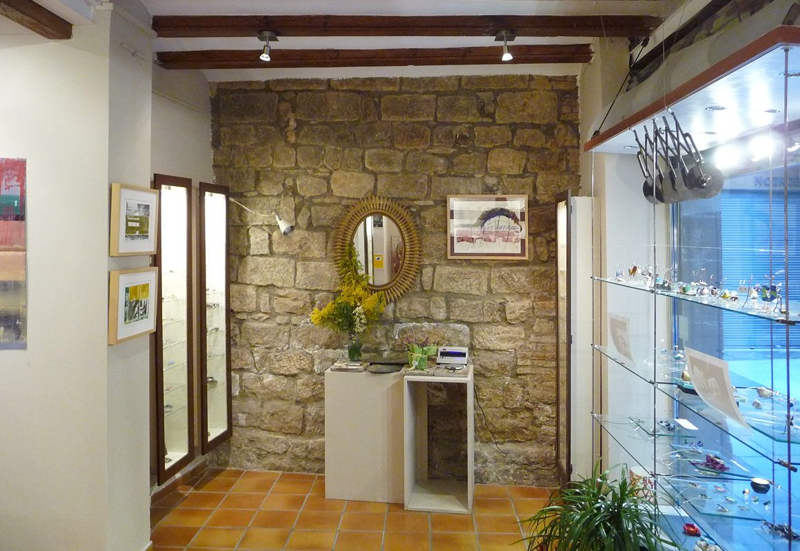Paret de pedra antiga / Old stone wall