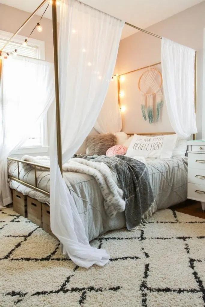 15 Exquisitely Admirable Modern French Bedroom Ideas To Steal Bedroom Bedroomideas Bedroomdesign Tween Girl Bedroom Stylish Bedroom Design Stylish Bedroom