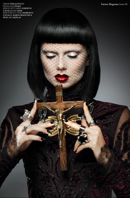 Gothic Beauty - Wikipedia