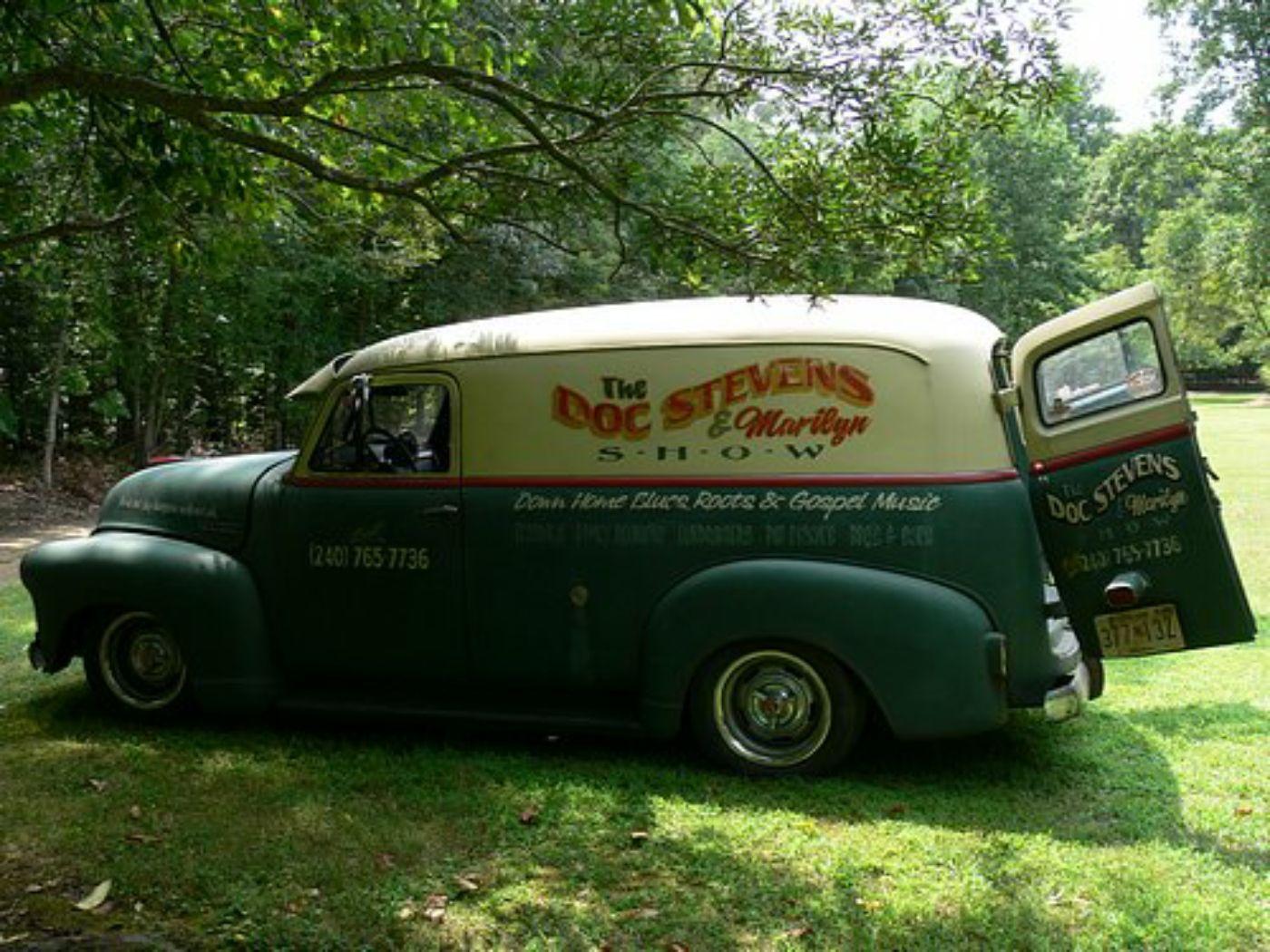 Truck 1949 chevy panel truck : Doc Stevens' Barn Find 51 Chevy Panel Truck. Channeled over full ...