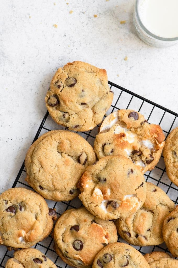 Vegan Chocolate Chip Marshmallow Cookies #healthymarshmallows