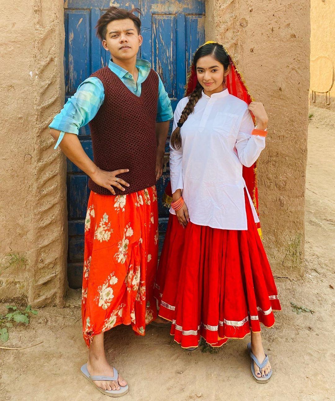"Anushka Sen on Instagram: ""ਕਡੇ ਮੇਰੇ ਕੋਲ ਵਿਹ ਆ ਜਾਯਂ  ਬਸ ਘੁੰਮਦਾ ਹੈ ਨਾ ਰੇ ਜਾਯਂ 🤍 . @riyaz.14  @desimusicfactory @anshul300 @raghav.sharma.14661"""