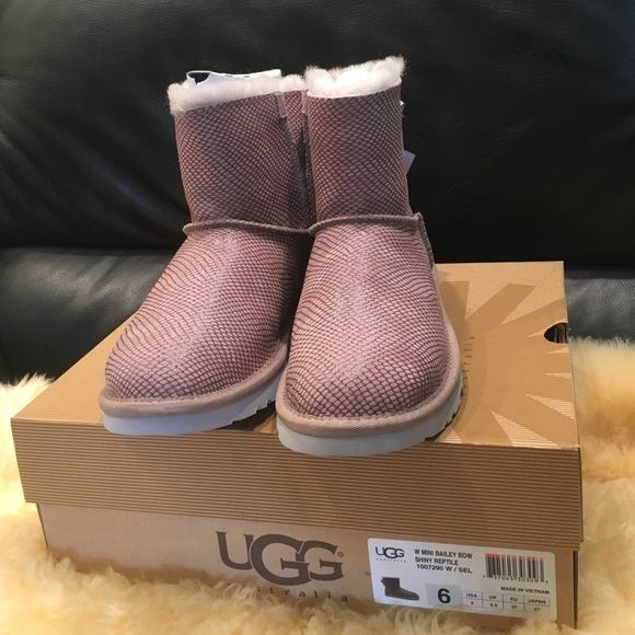 cfc3088d010 UGG with mini Bailey Bow Shinny Reptile Limited Edition UGG reptile ...