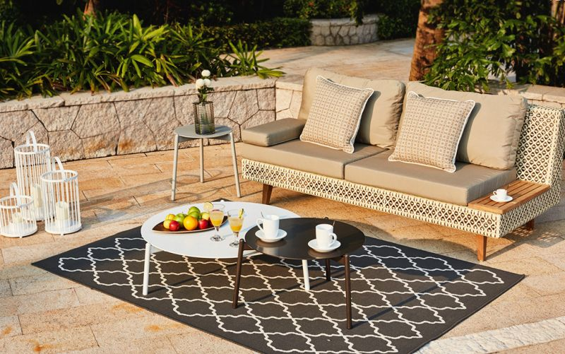 10 Outdoor Furnishing Finds