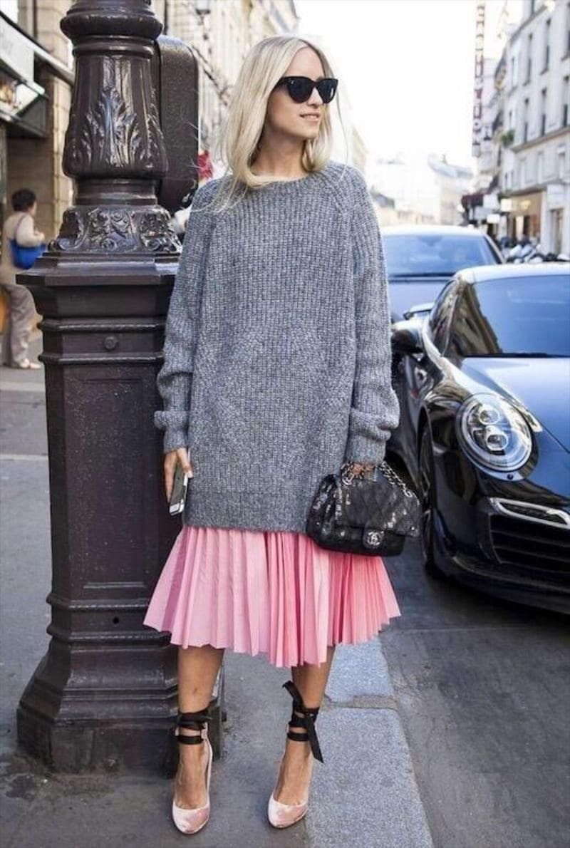 5f9946d8eec5 9 Awe-Inspiring Ways To Wear A Pleated Skirt And Look Gorgeous All ...