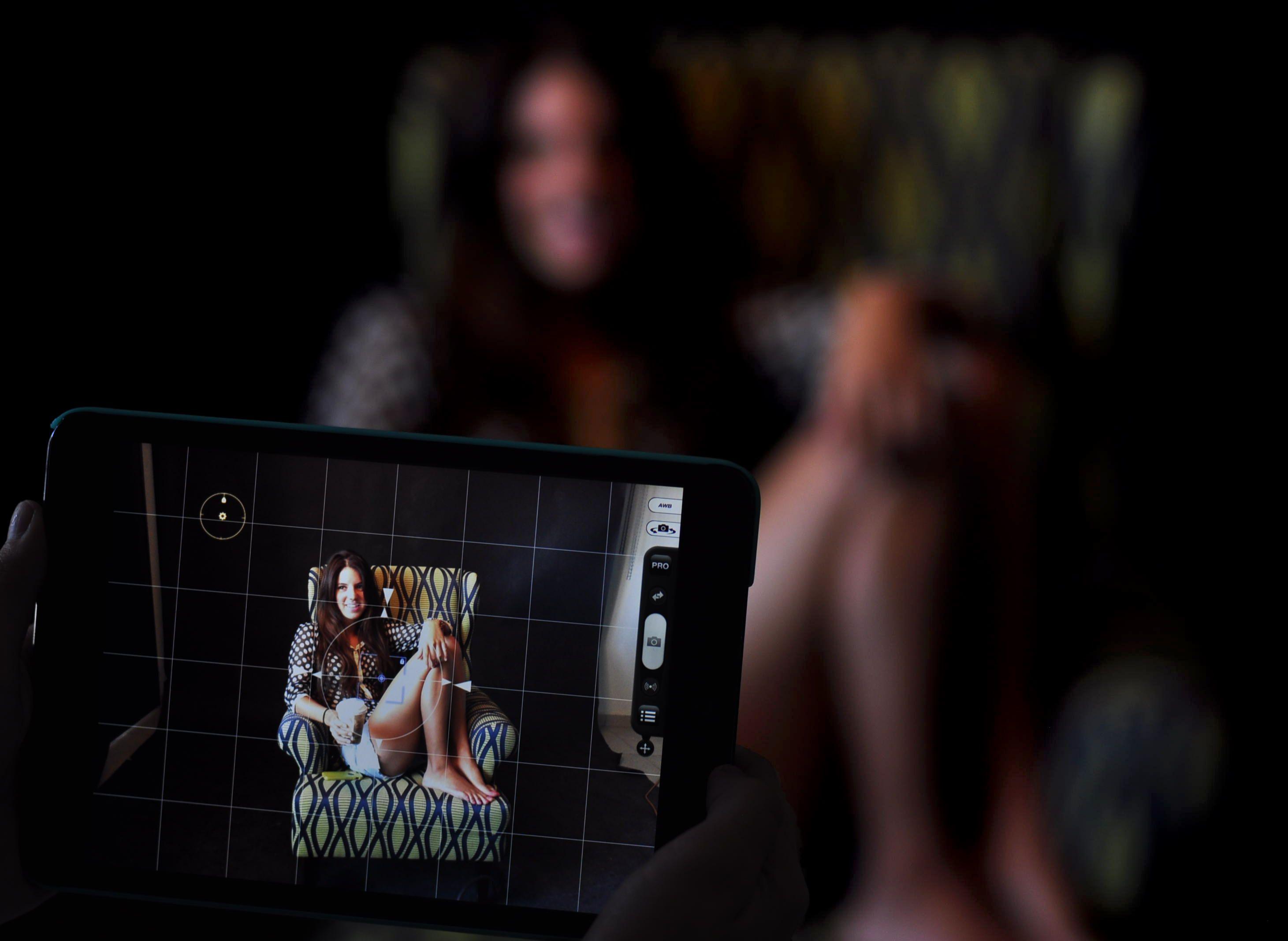 Una pequeña pantalla nos puede separar de la realidad @Softtek #photobook