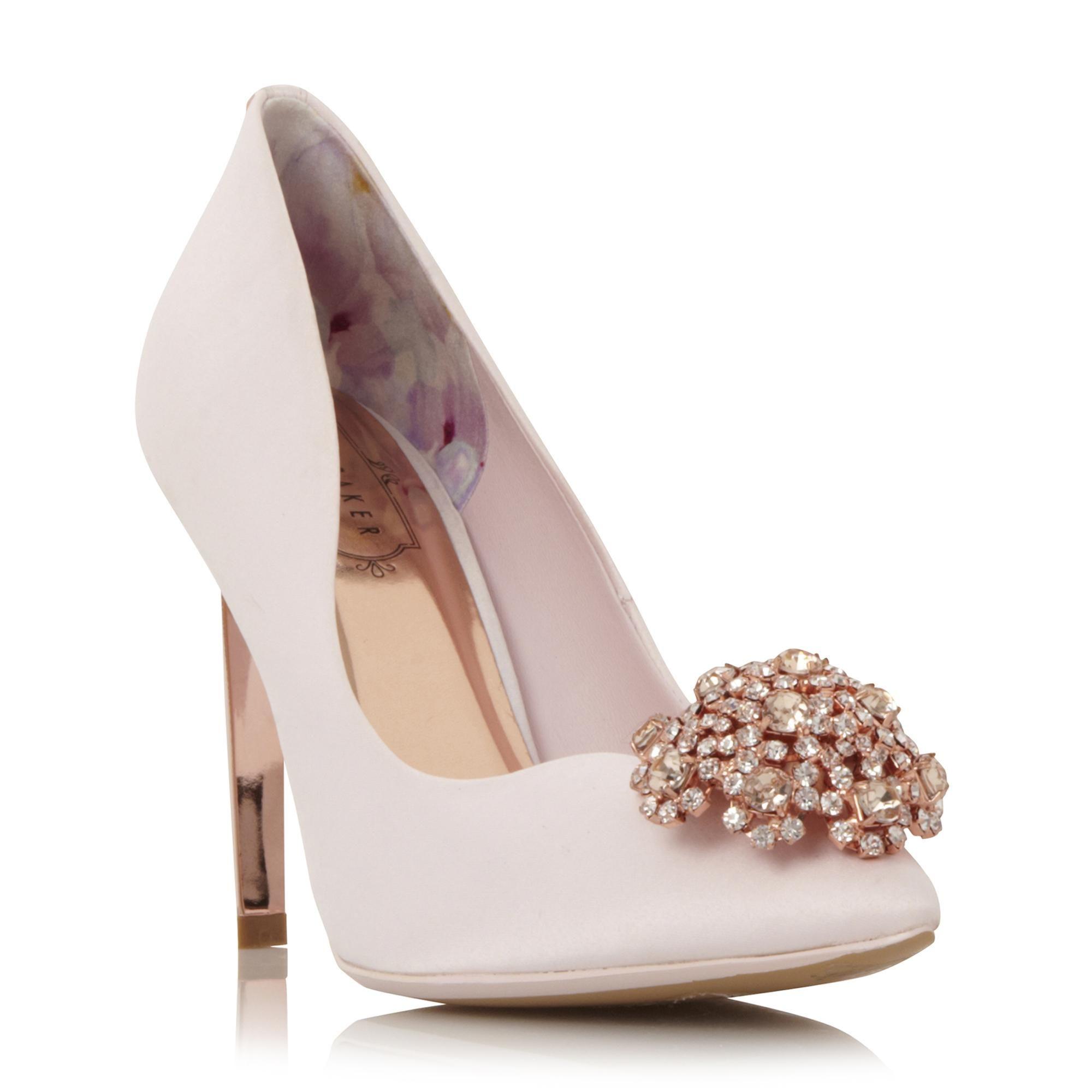PEECH - Brooch Detail Pointed Toe Court Shoe In 2020