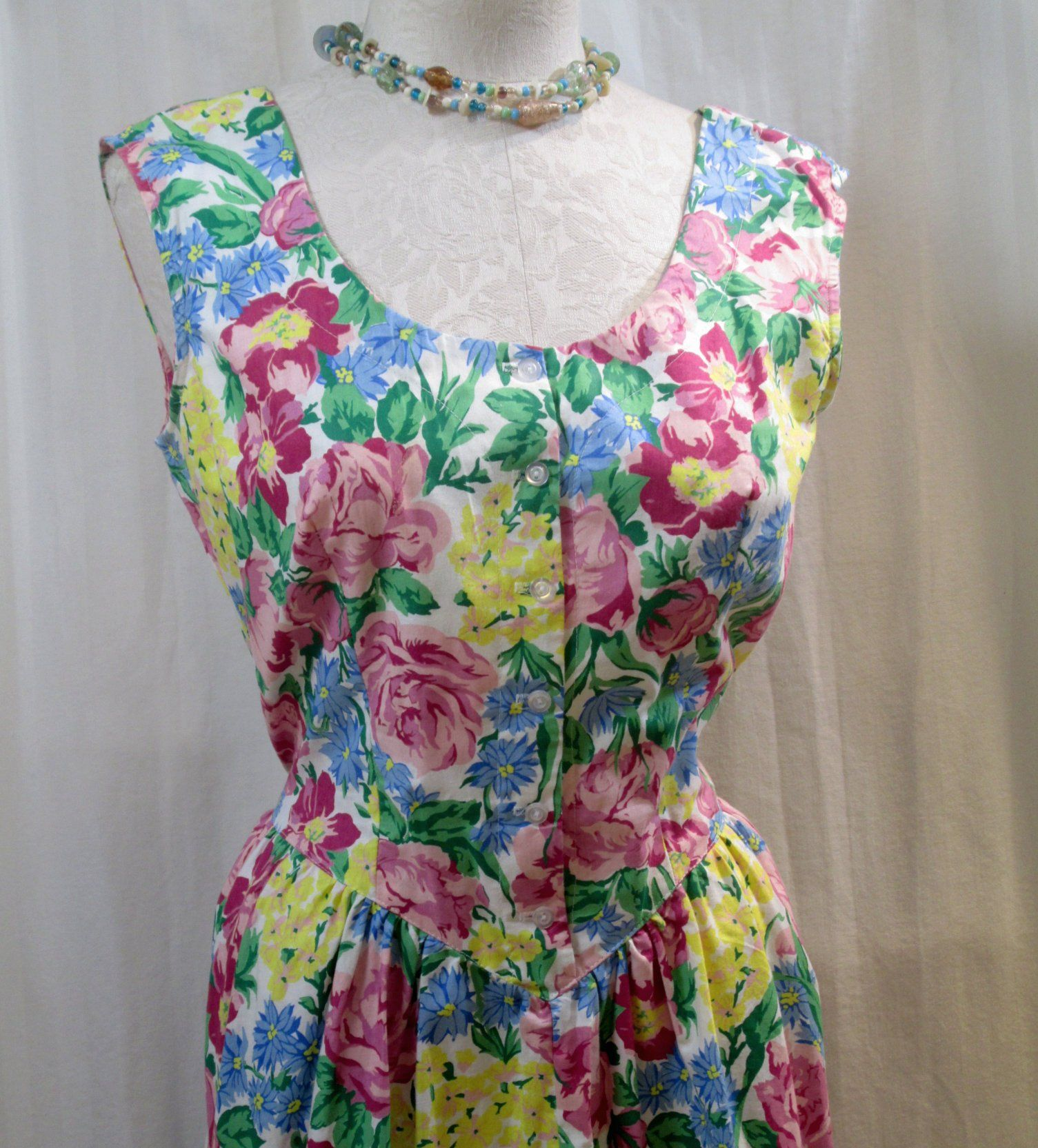 85cc613d9c 80s Vintage Bright Floral Dress pink roses floral 80s sundress vintage Rose  Flowers basque waist 80s