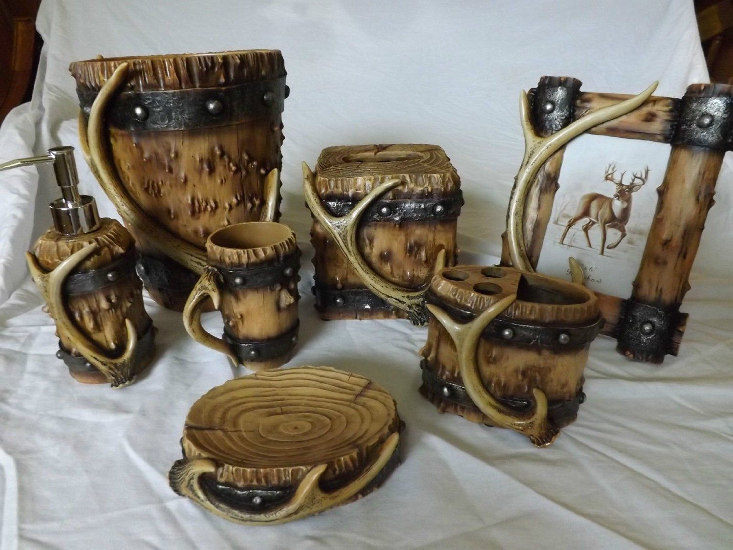 Deer Antler Wood Look Bathroom Set