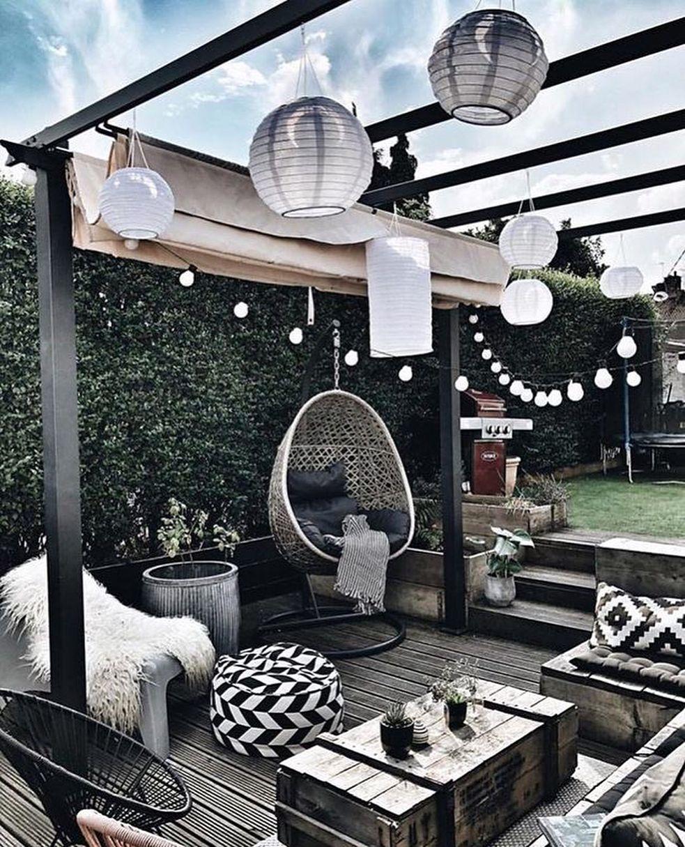 40 Brilliant Patio Design Ideas That Will Amaze - Gardenholic #patiodesign