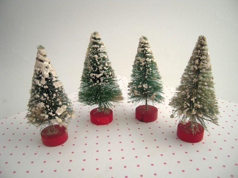 4 Vintage Bottle Brush Christmas Trees Red Wood Base Flocked Snow