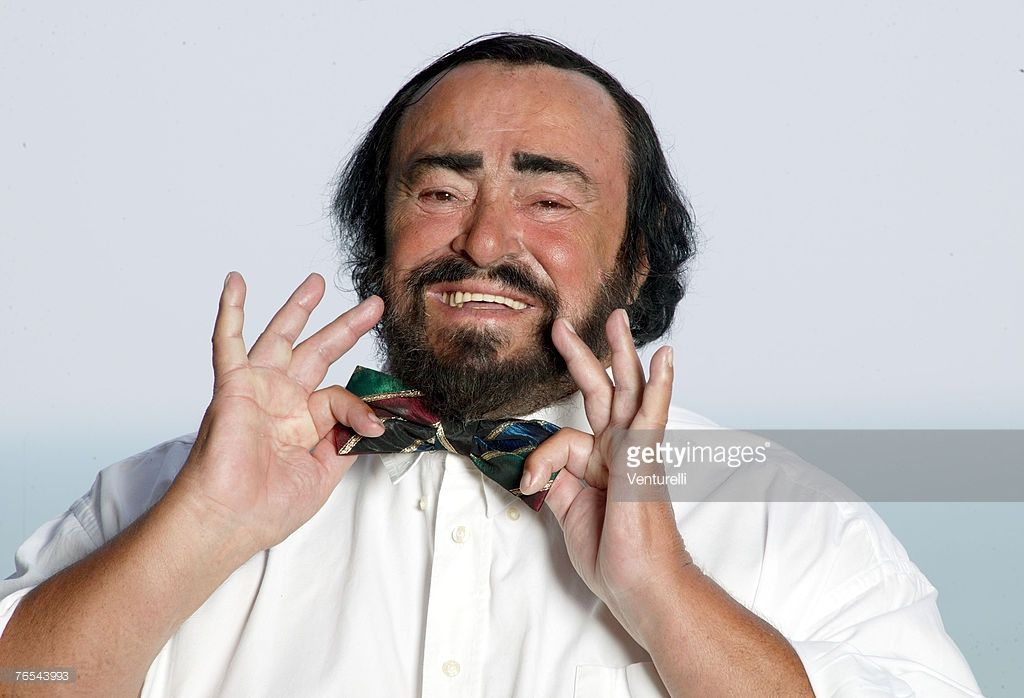Luciano Pavarotti Photos And Premium High Res Pictures Opera Singers Singer Photo