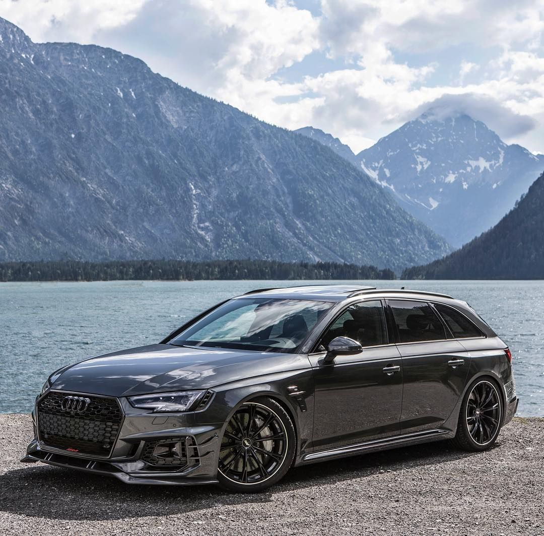 Favorite Views In So Many Ways The Daytona Grey Rs4 R Are You A Fan Ca Audi Wagon Luxury Cars Audi Audi Motor