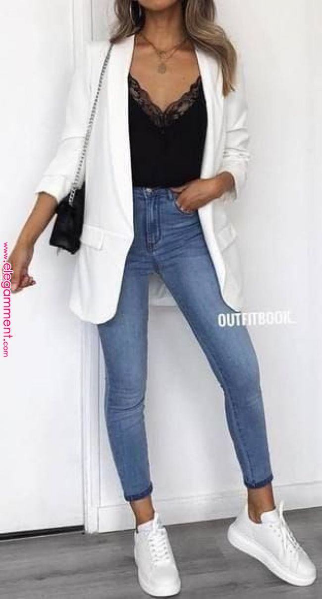 45 Fantastic Spring Outfits You Should Definitely Buy / 020 #Spring #Outfits