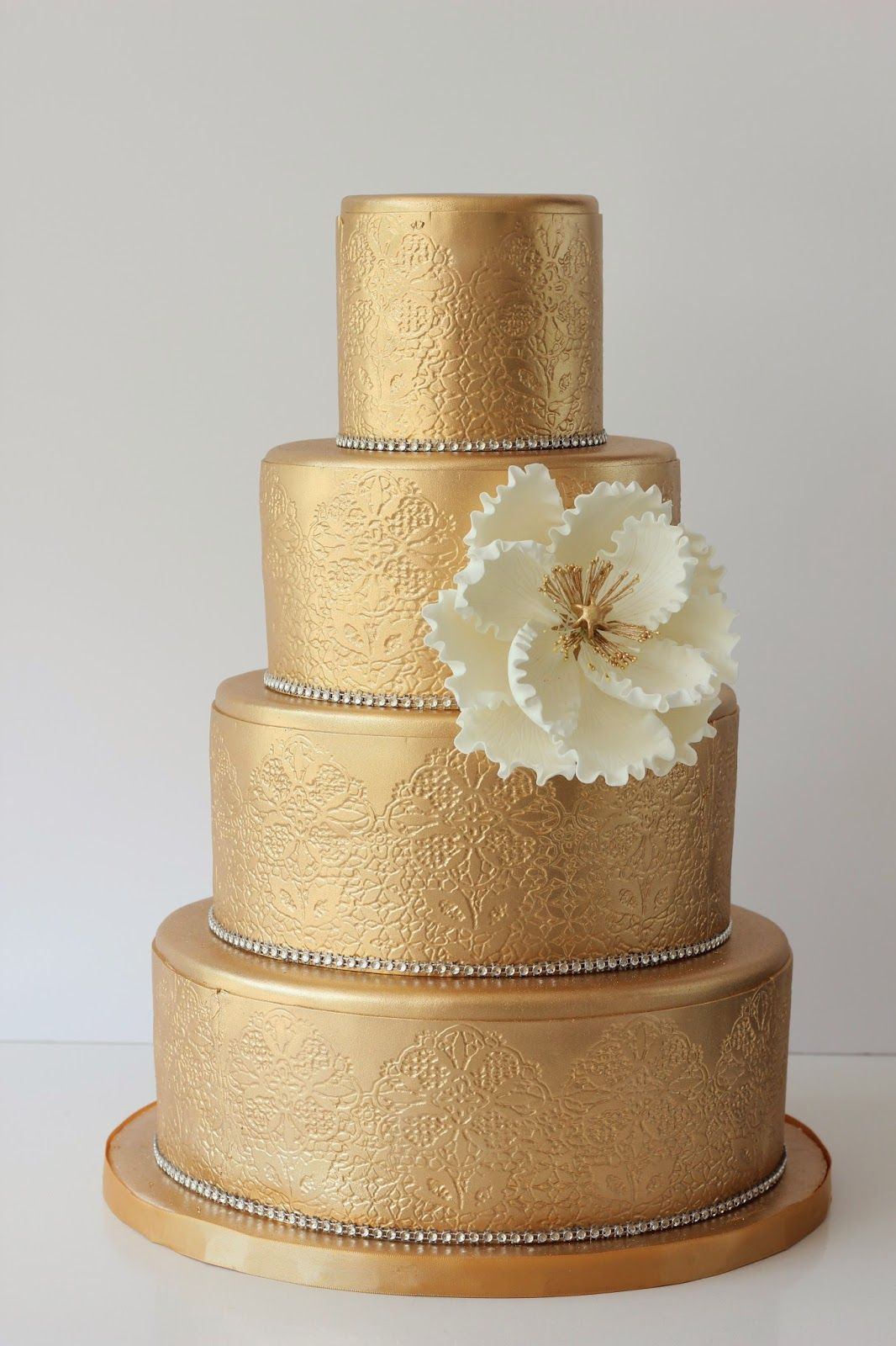 J Adore Cakes Co Gold Wedding Unique Shower