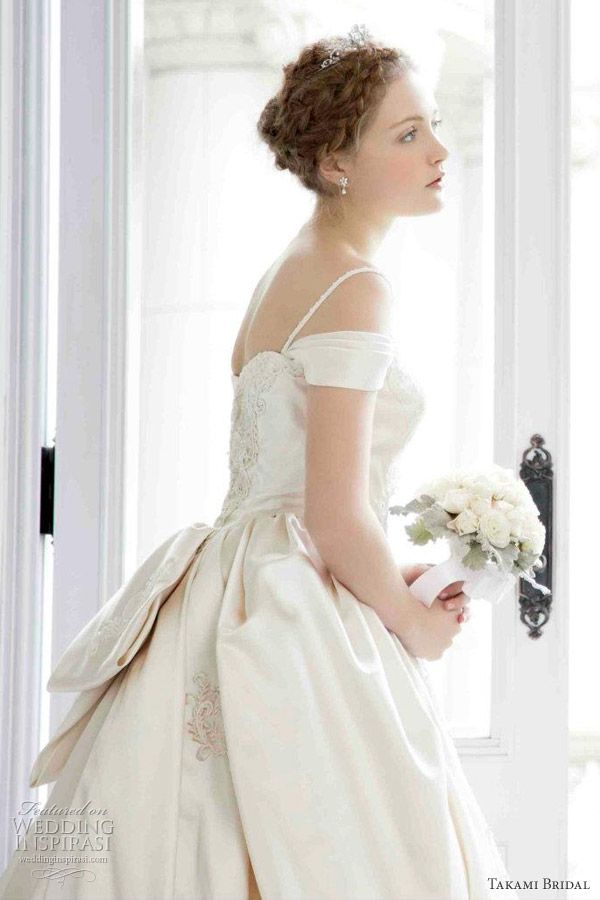 Great Takami Bridal Royal Wedding Dresses