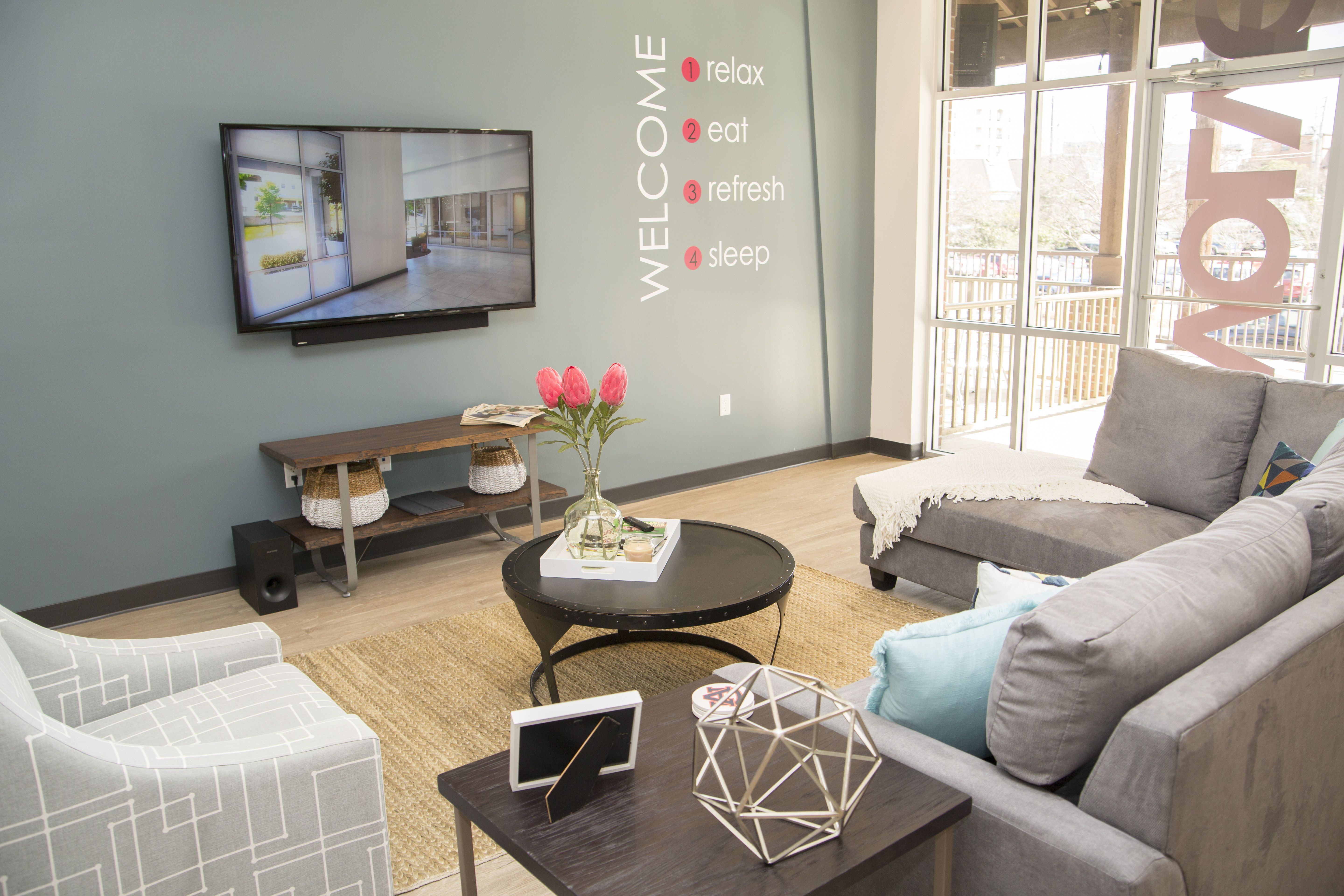 Nice Evolve Auburn Living Space For All Of Our Residents. Furniture Included!