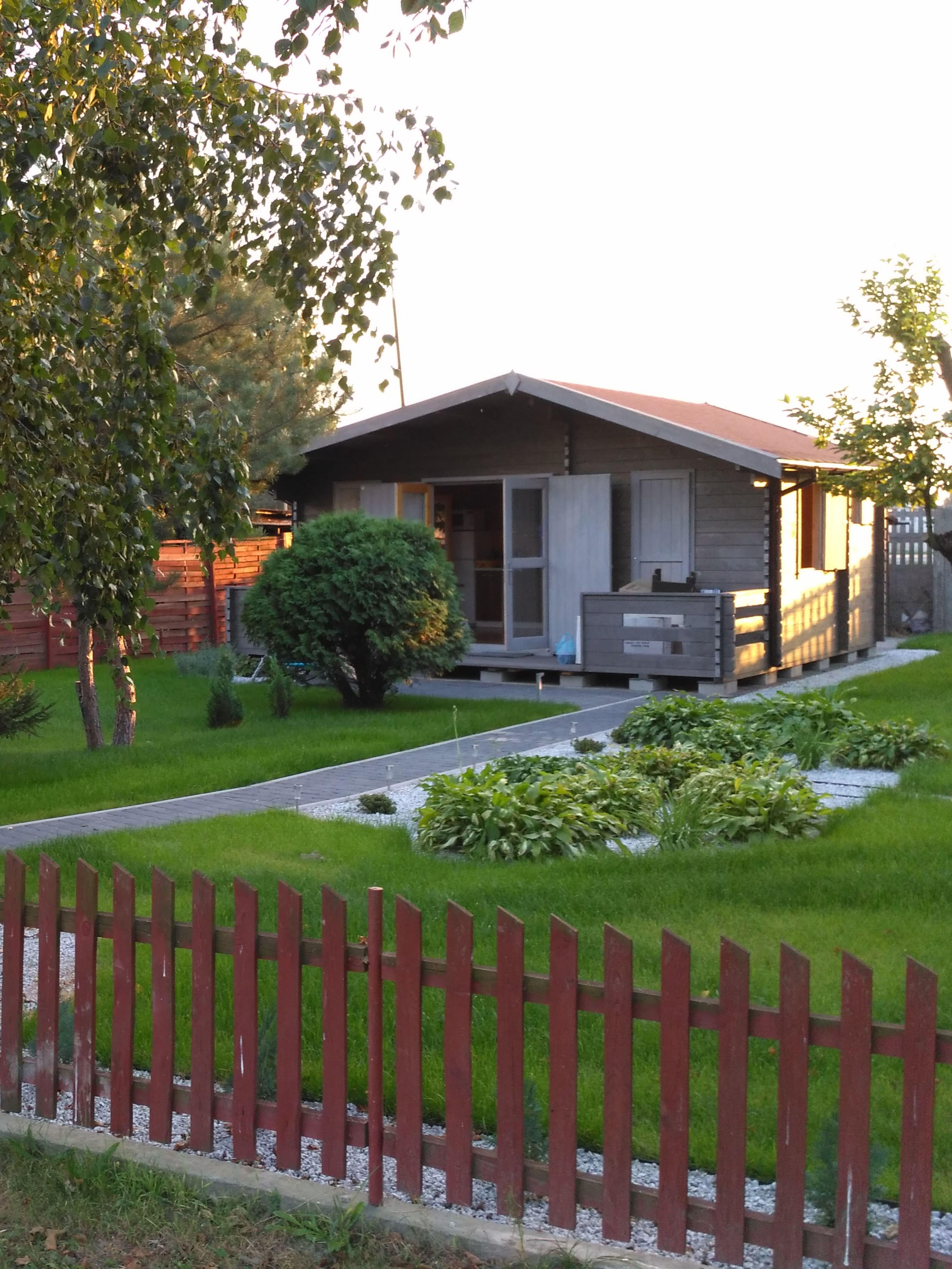 Domek Letniskowy Z Tarasem Norwegia Ogrodosfera Pl Barn Living Outdoor Structures Outdoor Decor