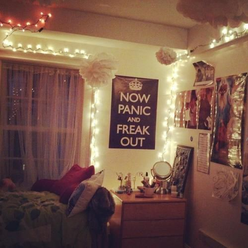 cool dorm ideas christmas lights google search ps i. Black Bedroom Furniture Sets. Home Design Ideas