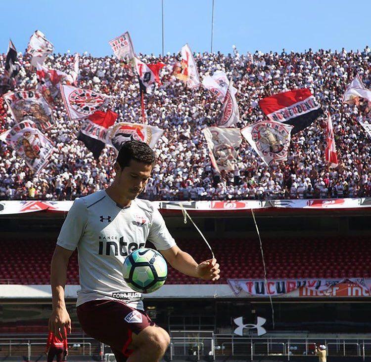 Pin de Natália Milreu em São Paulo Futebol Clube São