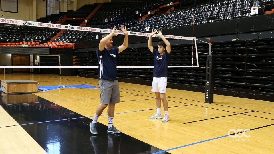 Setting Feet Hand Positioning Coaching Volleyball Volleyball Skills Volleyball