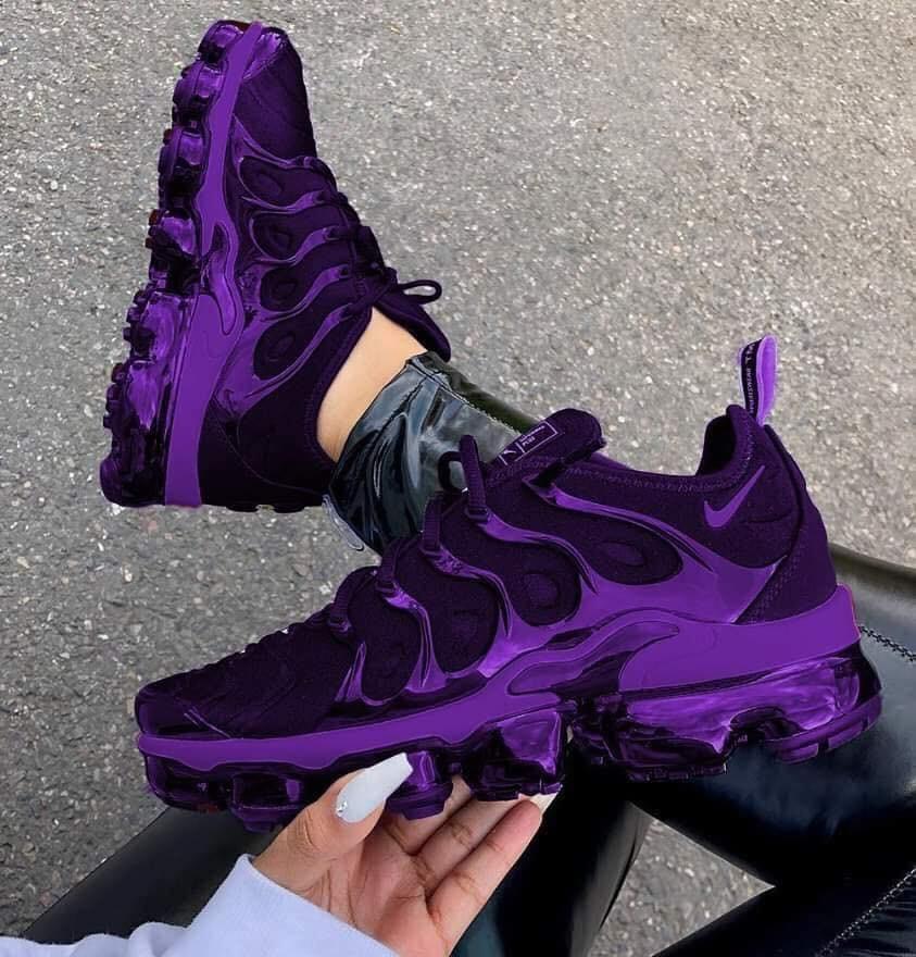 purple vapormax plus women's