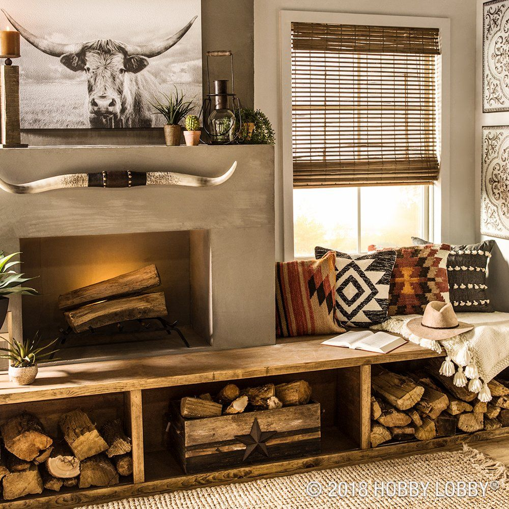 Blend Trendy Textiles With Western Wall Decor For A Wonderfully Eclectic Space Country House Decor Western Living Room Western Living Rooms