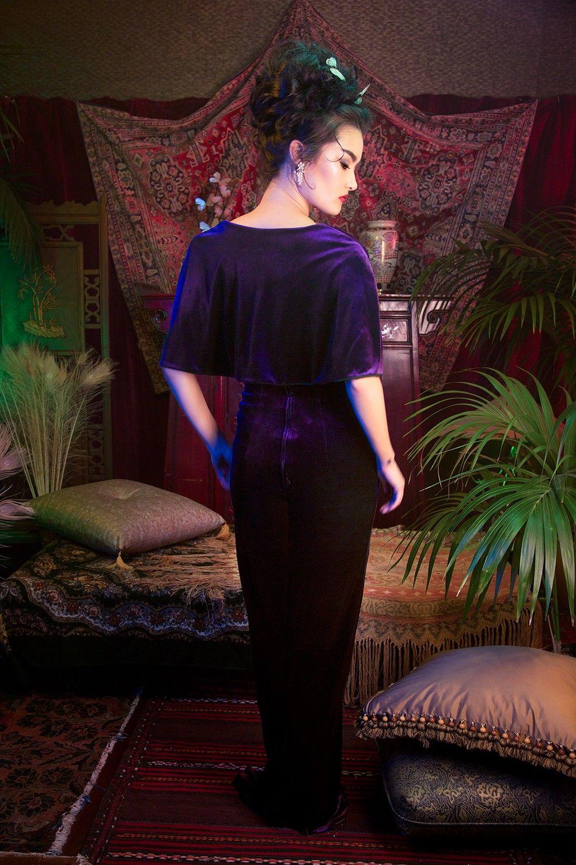 Laura byrnes california gilda gown in purple velvet plein les yeux