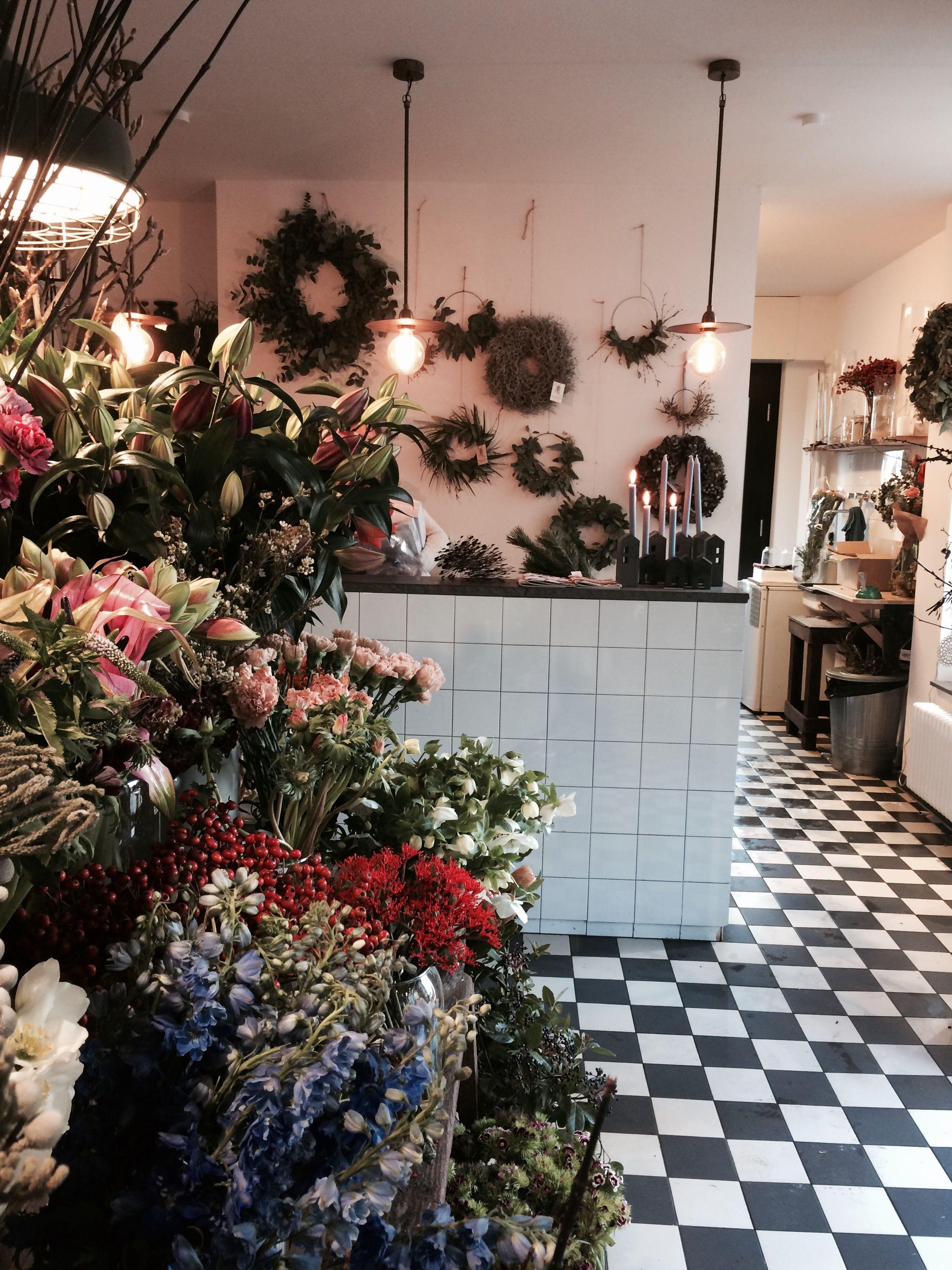 Pin Von Grun Wie Das Leben Auf Shops Cafes In Bonn Koln