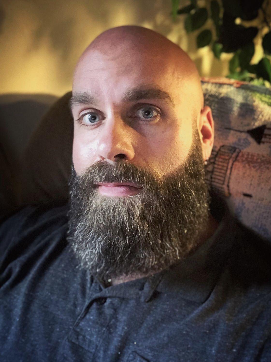 8-Striking-Photos-That-Prove-a-Beard-Makes-Men