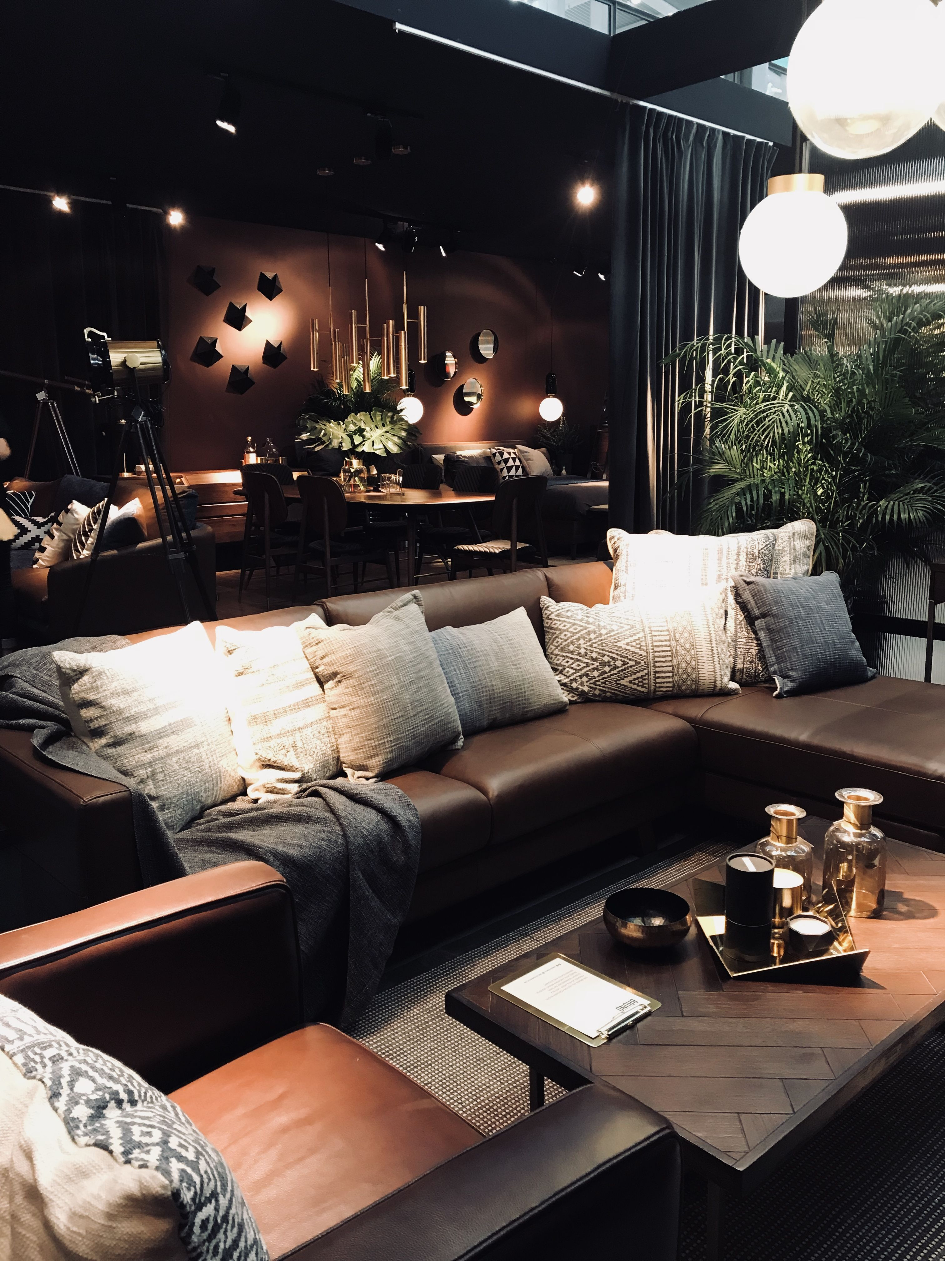 Couchtisch Depot Style Tips To Live Like A Modern Gentleman Redesign 2018