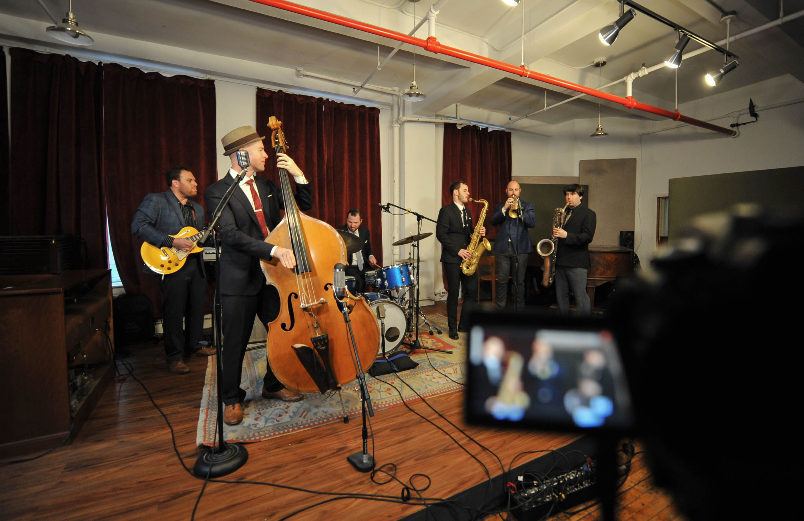 Why Choosing A Live Music Band Is Necessary For Your Wedding Live Music Band Music Bands Live Music