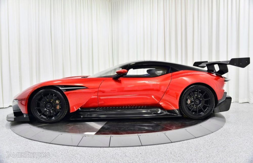 2015 Aston Martin Vulcan In Cleveland Oh United States For Sale 10763741 Aston Martin Vulcan Aston Martin Aston