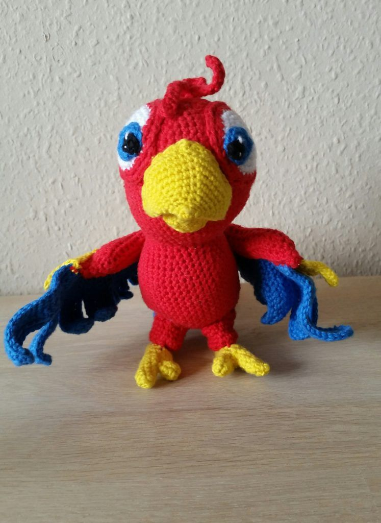 Free pattern: parrot – With Love, Feli   1024x747
