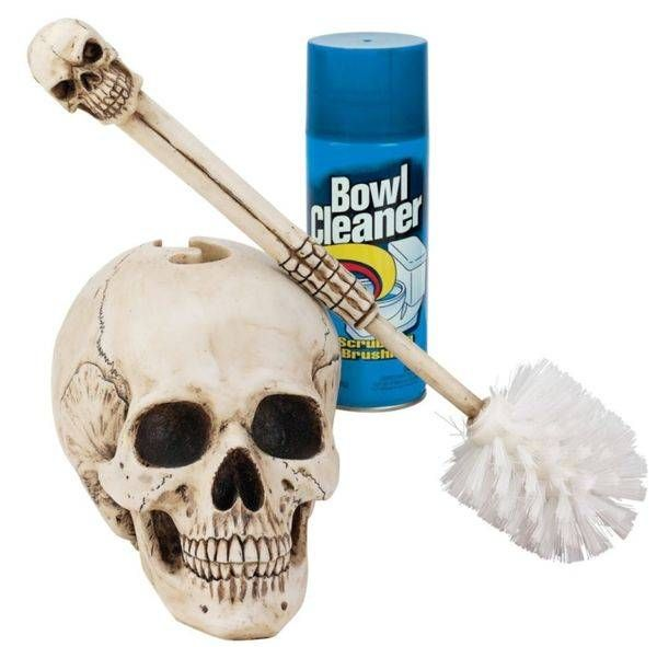 Skull toilet brush Skulls Pinterest Toilet, Dream bathrooms - skull halloween decorations