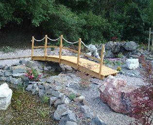 Brücke Wasserfall Teich | Garten | Pinterest | Teiche, Wasserfall ...