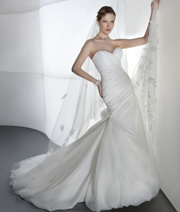 Fitted Simple And Beautiful Bridal Gown From Illusions Collection At Demetrios