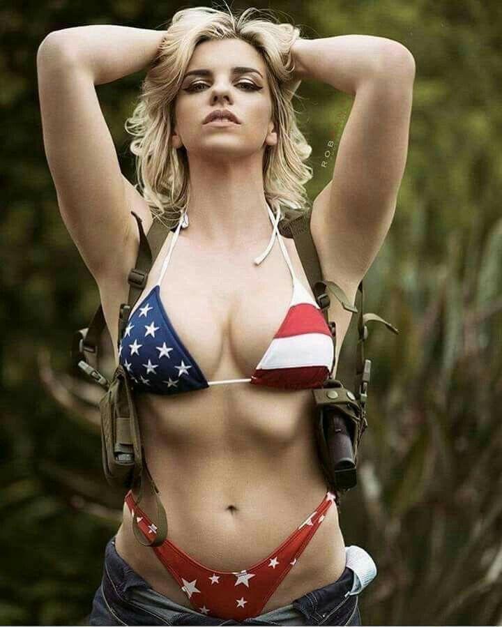 guns Bikini girls with