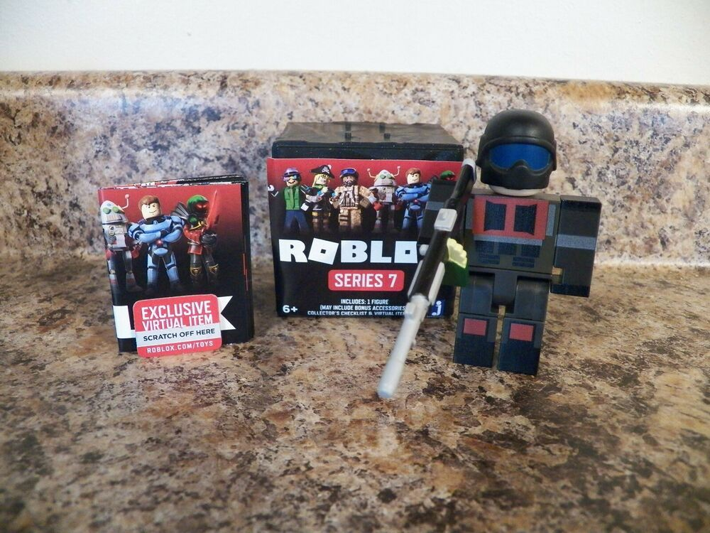 Roblox Series 7 Mystery Box After The Flash Super Soldier
