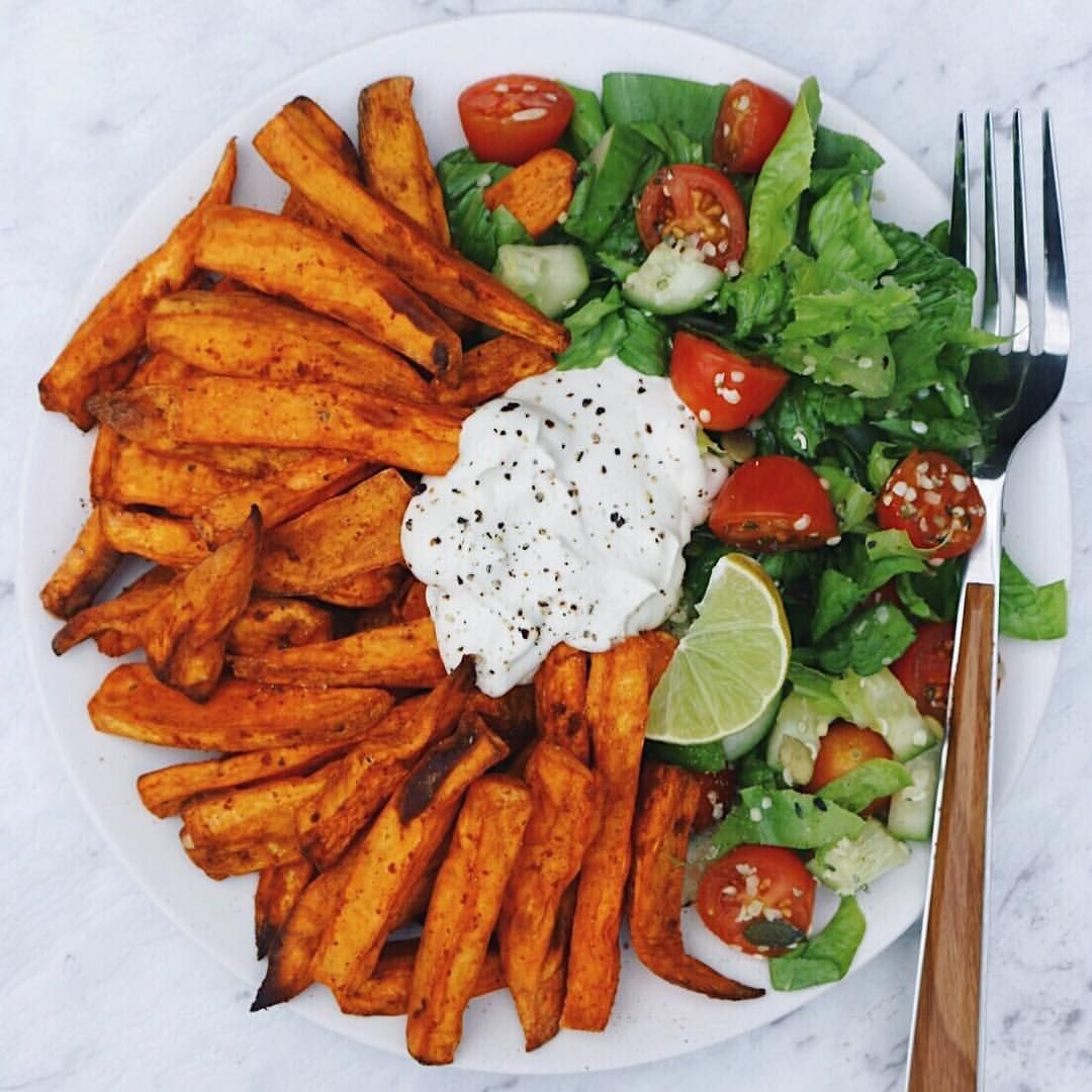"""thrivingonplants: """"Sweet potato fries, salad & home-made cashew sour cream Baked the potatoes in my air fryer (life saver… esp for no oil baking!) , added in some pepitas and sesame seeds from..."""