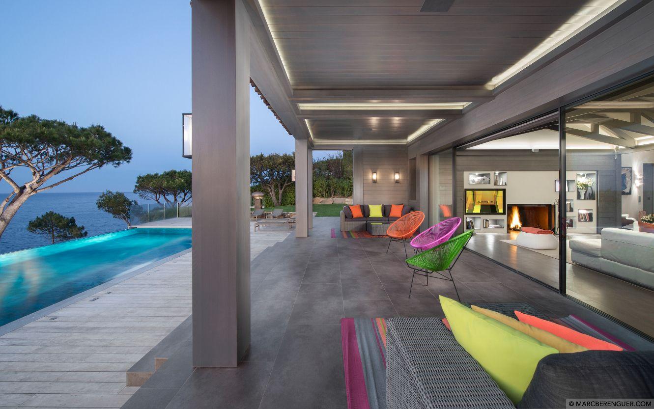 VILLA, PARKS SAINT-TROPEZ 6 BEDS / 6 BATH $300,000/month . . . #luxurylifestyle  #luxuryhomes  #luxurytravel #будинкиМайамі  #design #realestate #luxuryrealestate #ДаніельЦинкер #architecture #miami #Майамі #майами #нерухомістьМайамі #penthouse #realestatemiami #danieltzinker #tzinkerinternational #tzinker #tzinkerinternationalrealty #цинкер #даниэльцинкер #вилла #villa #sttropez #sainttropez #villasainttropez #luxuryvillarentals #сантропе #сентропе #франция #villafrance