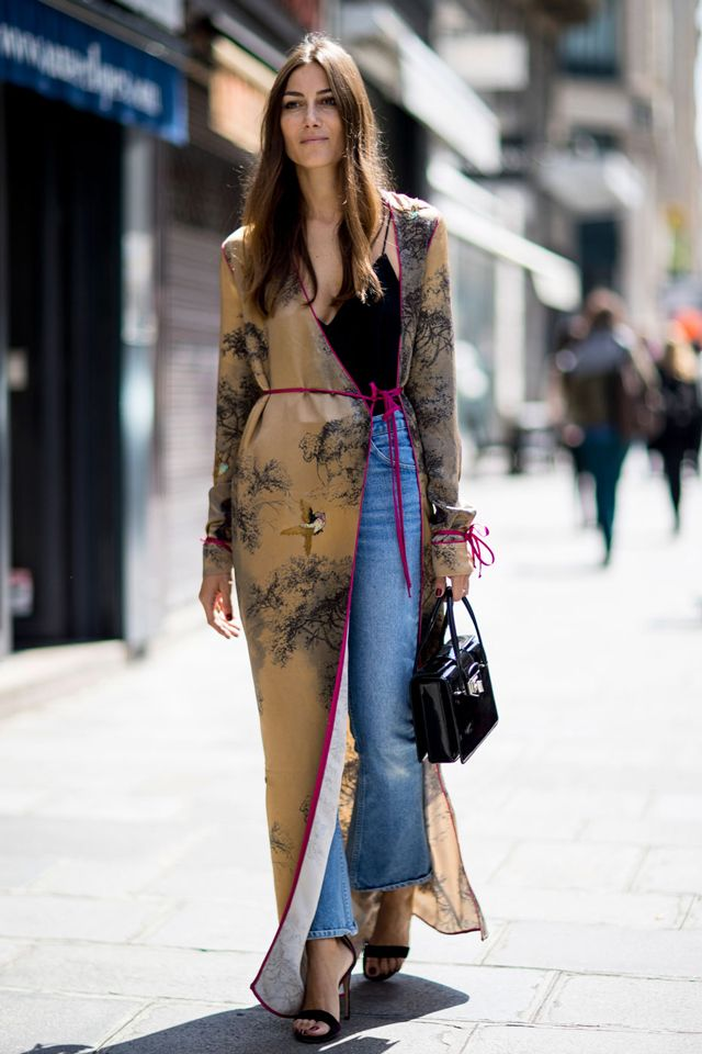 How to wear a silk robe coat in a stylish way street style outfit ideas 42d356f5441c