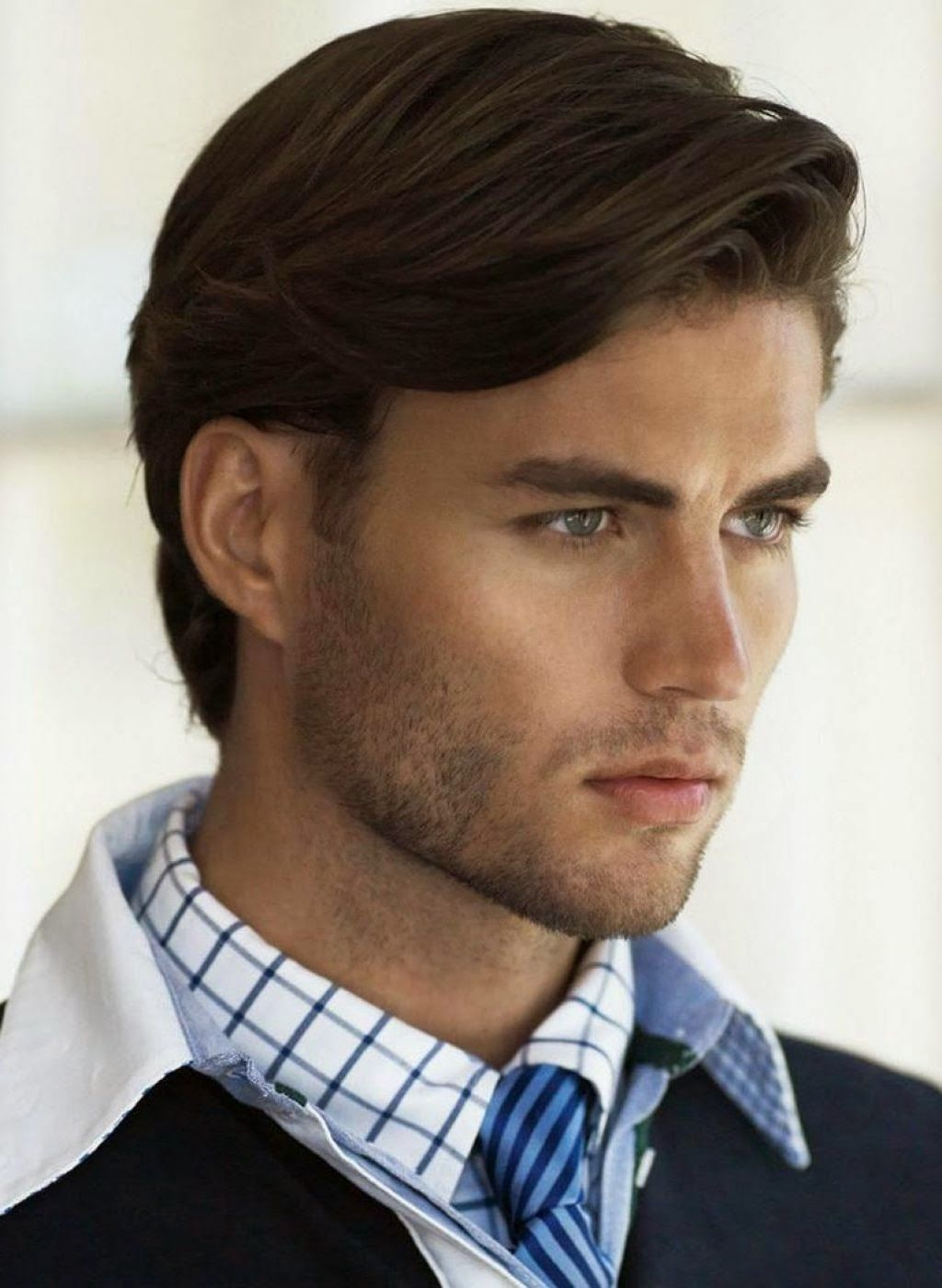 Corte de cabello largo caballero