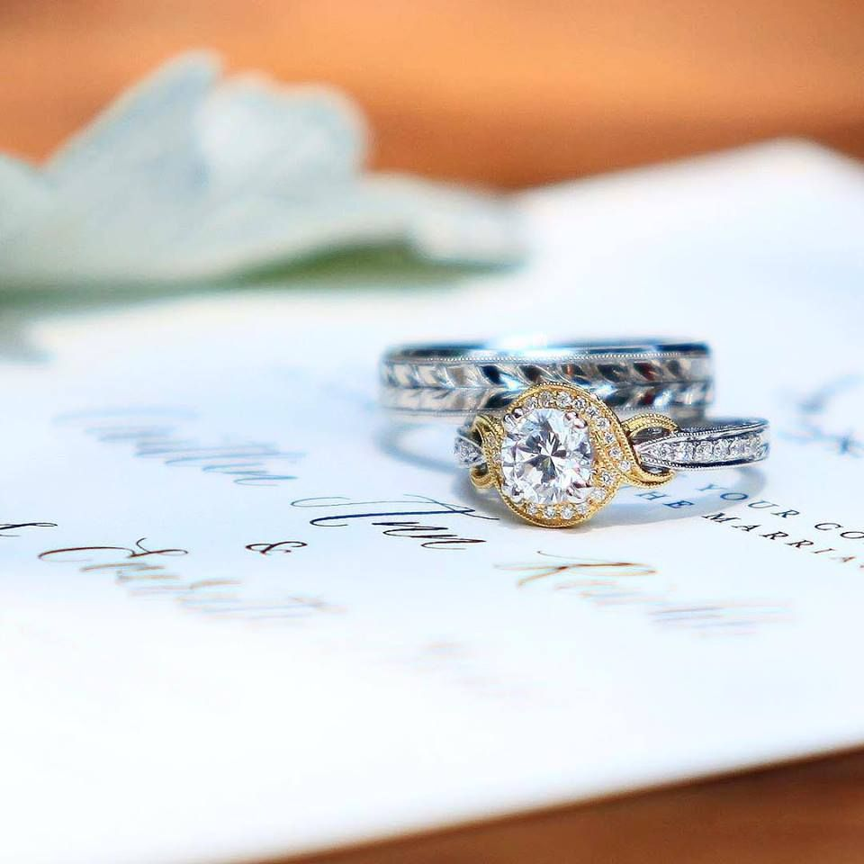 Diamond Engagement Ring And Wedding Band Available At Diamonds Direct