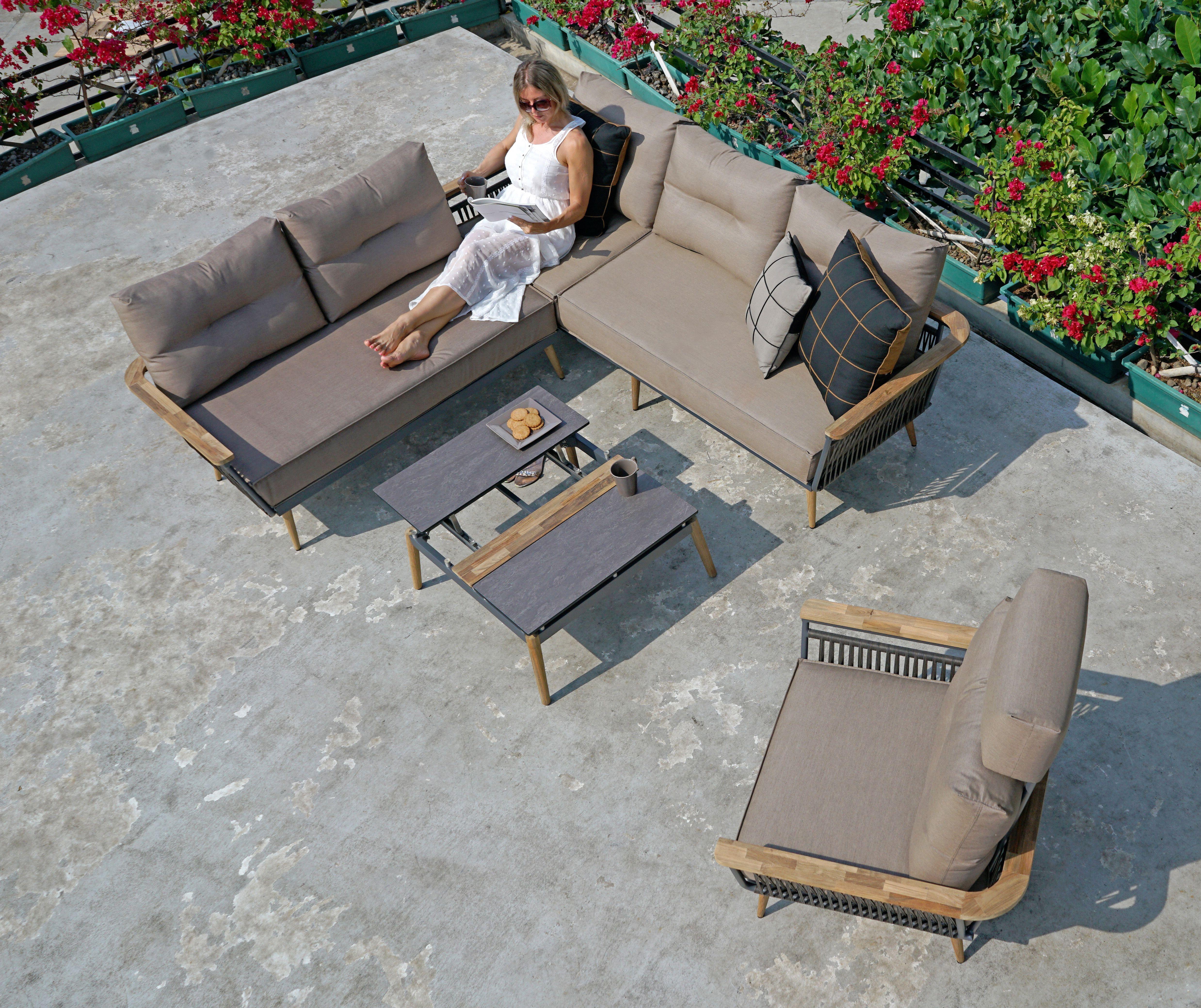 Flix Lounge