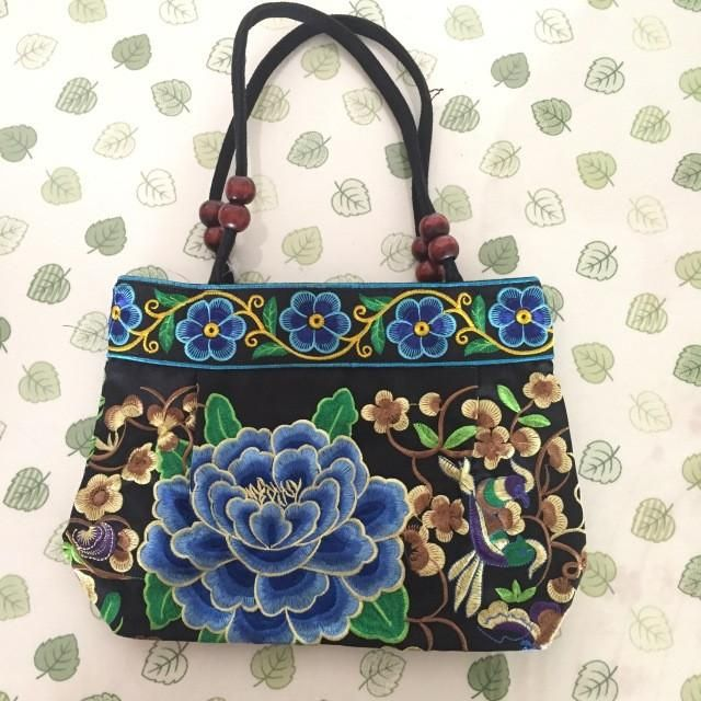 National Trend Embroidery Bags Women Double Faced Flower Embroidered One Shoulder Bag