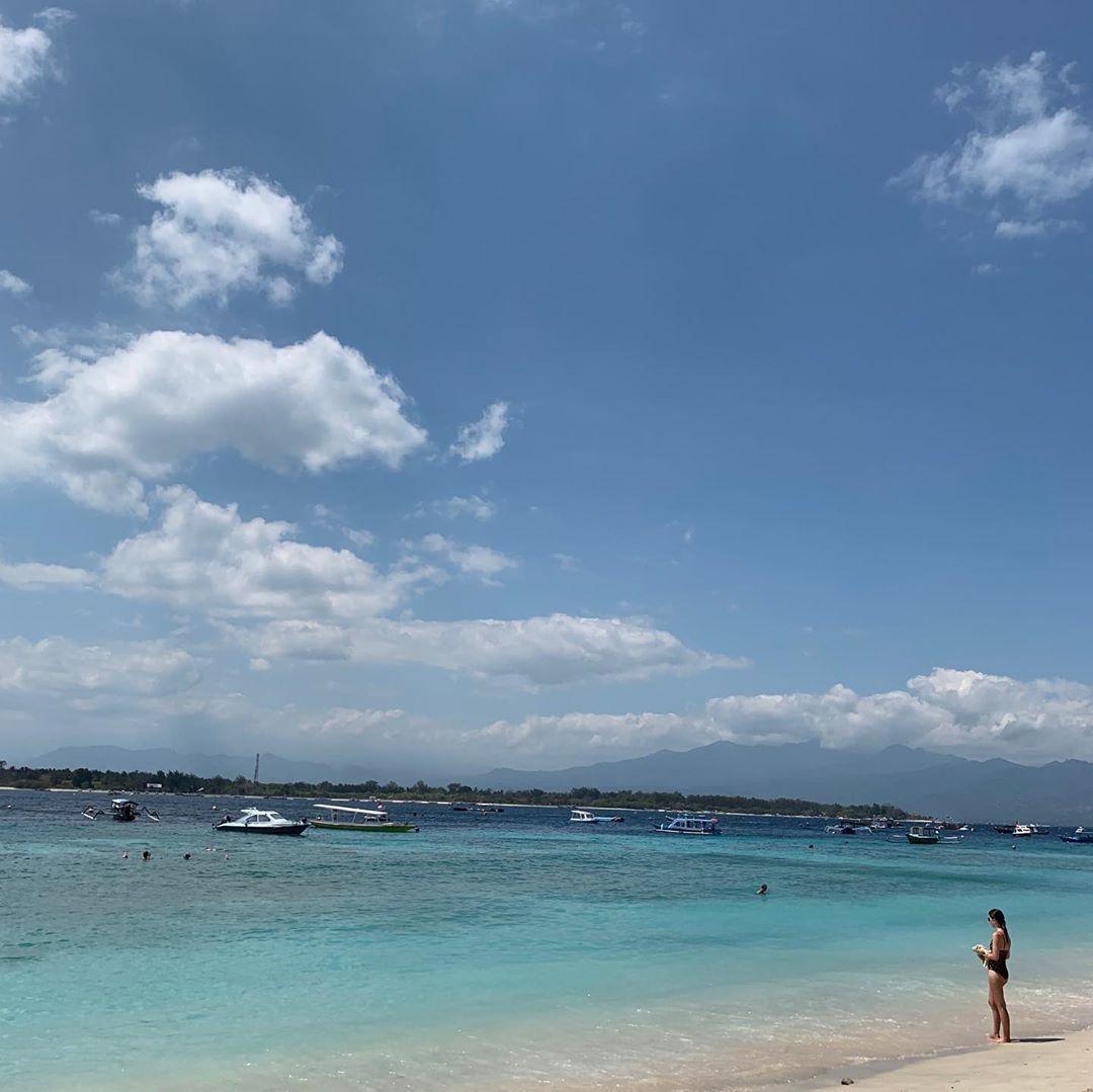 💙🐚 #bali #gili #indonesia #island #coral #beach #clouds #sky #beautiful #amazing #view #love #sea #holiday #wanderlust #photog