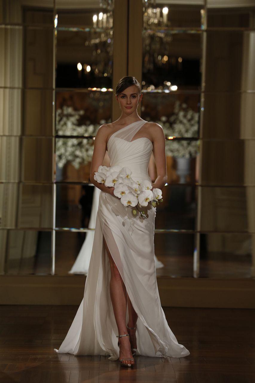Gown by Romona Keveza