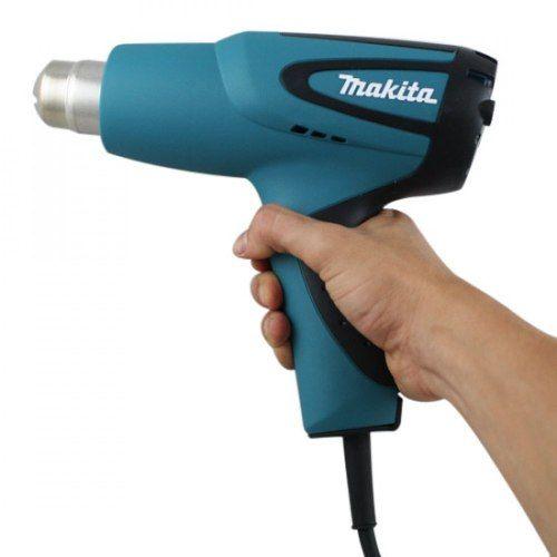 Soprador Térmico HG5012 220V - Makita  Soprador térmico básico com controle de temperatura e corrente através de interruptor de 2 níveis. Remoção de tinta, derrete tubos de metal congelados, solta cerâmicas e colas. Potência : 1.500 a 1.700W - 220V / 1.200W - 110V Temperatura do ar : 350-500ºC Fluxo de ar - Alta : 500L/min - Baixa : 300L/min Peso : 0,6kg ITENS QUE ACOMPANHAM Maleta e tubeira www.colar.com