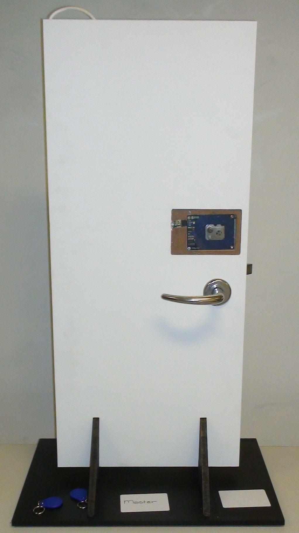 Tkj Electronics Arduino Rfid Door Lock Arduino Arduino Projects Electronics Projects
